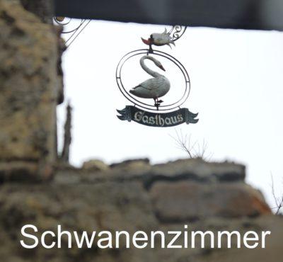 https://www.schwanen-nehren.de/wp-content/uploads/2016/07/schwanenzimmer-2-400x370.jpg